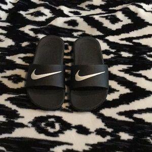 Kids Nike sliders